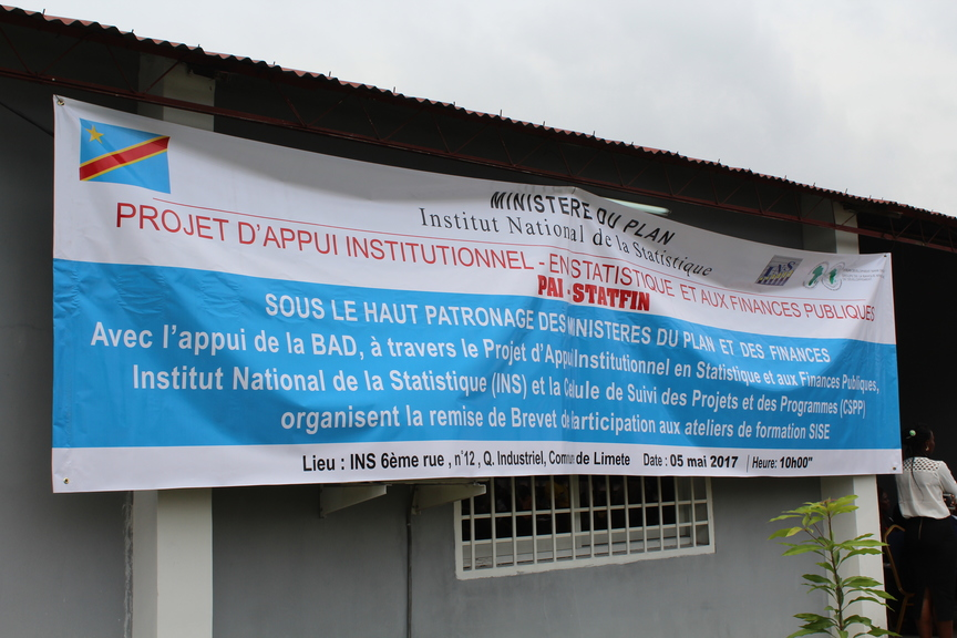 Graduation ceremony at the National Institute of Statistics (DRC) - Banner