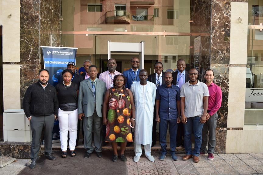 Formation en Évaluation et suivi environnemental et social des projets et programmes - Photo officielle
