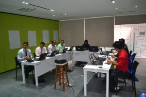 Formation sur l'Essentiel de la gestion de projet - Photo de classe