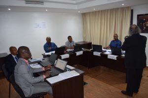 Photo de classe pendant la formation en Audit de projet et implantation du contrôle interne