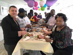 Repas de Thanksgiving pendant la formation en Budgétisation axée sur la performance