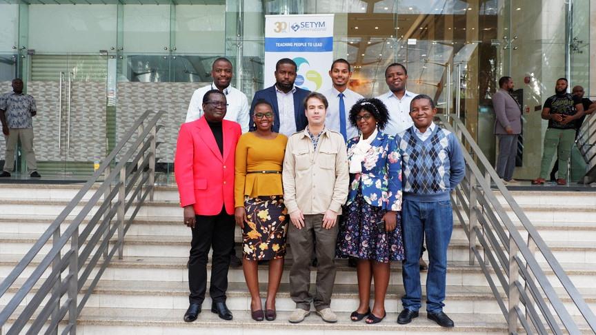 Photo officielle de la formation en Passation des marchés : travaux, fournitures et consultants